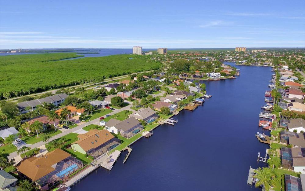 607 SW 57th St, Cape Coral - Home For Sale 380603401