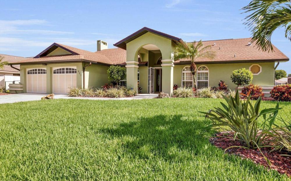 607 SW 57th St, Cape Coral - Home For Sale 1171605910