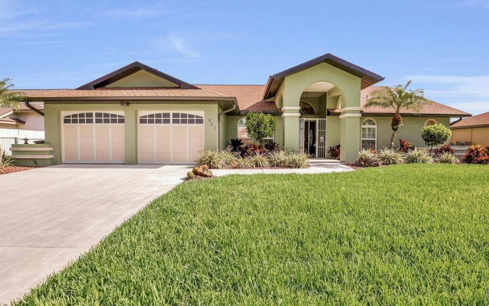 607 SW 57th St, Cape Coral - Home For Sale 851434561