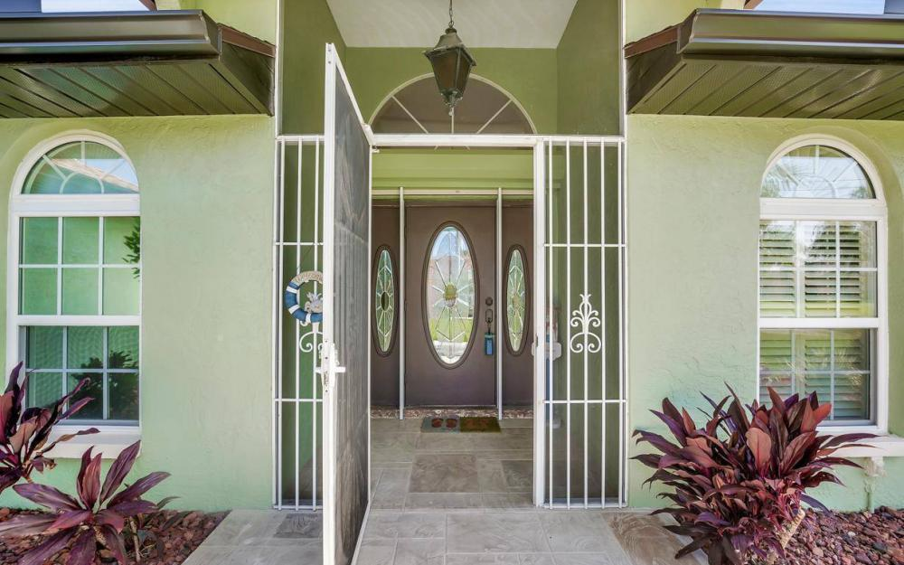 607 SW 57th St, Cape Coral - Home For Sale 1096271845