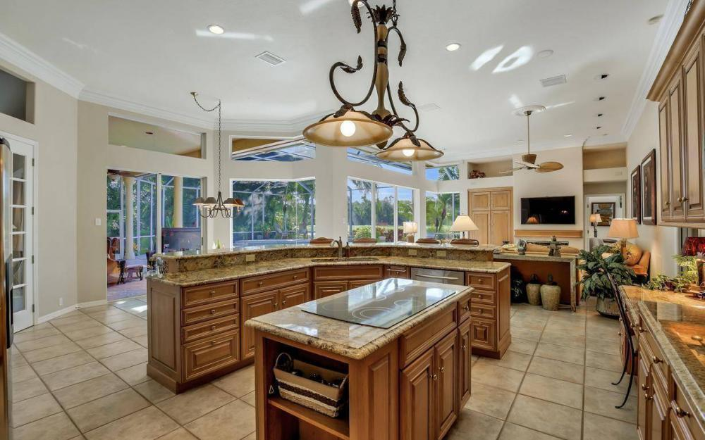 24951 Pennyroyal Dr, Bonita Springs - Home For Sale 1208706686