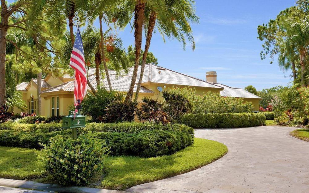 24951 Pennyroyal Dr, Bonita Springs - Home For Sale 870447432