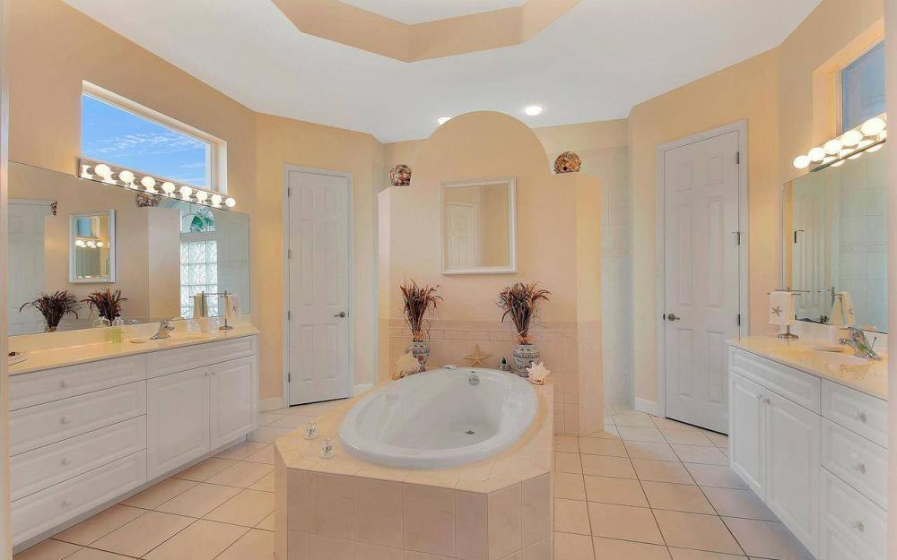 5228 SW 24th Pl, Cape Coral - Home For Sale 541809652