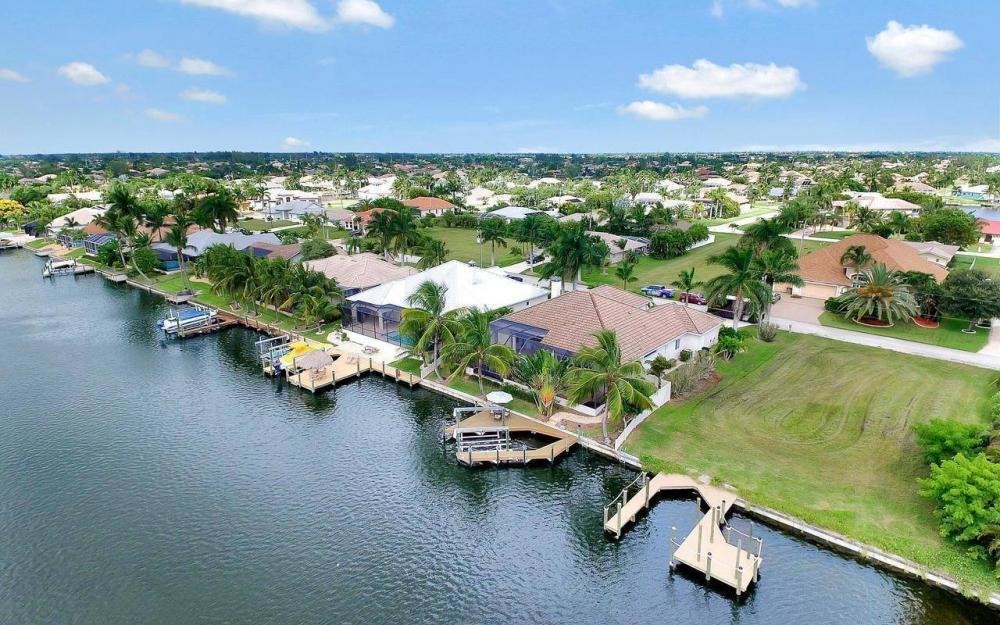 5228 SW 24th Pl, Cape Coral - Home For Sale 1936555321