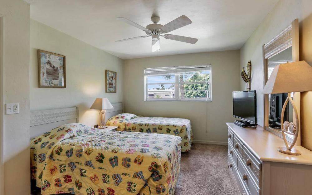 827 E. Gulf Dr #J6, Sanibel - Condo For Sale 290250304