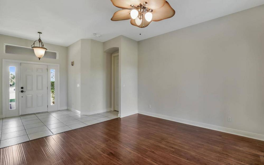311 16th Ave NE, Naples - Home For Sale 953192934