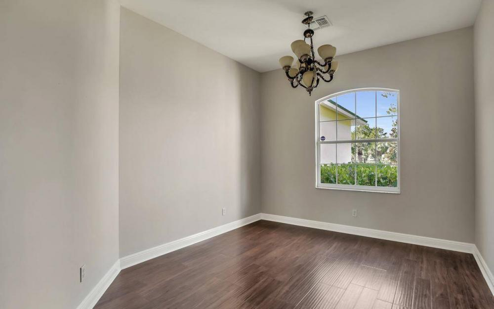 311 16th Ave NE, Naples - Home For Sale 350258848