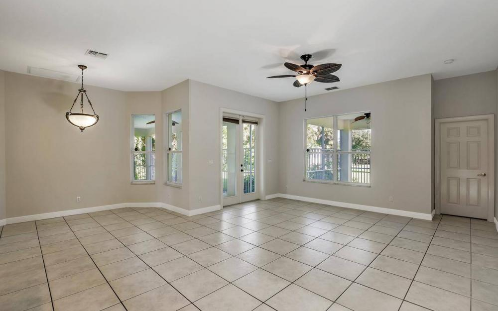 311 16th Ave NE, Naples - Home For Sale 1139717061