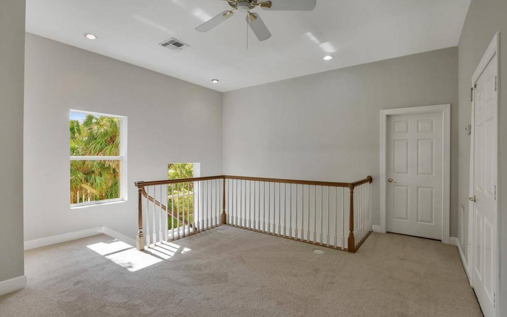 311 16th Ave NE, Naples - Home For Sale 28365015