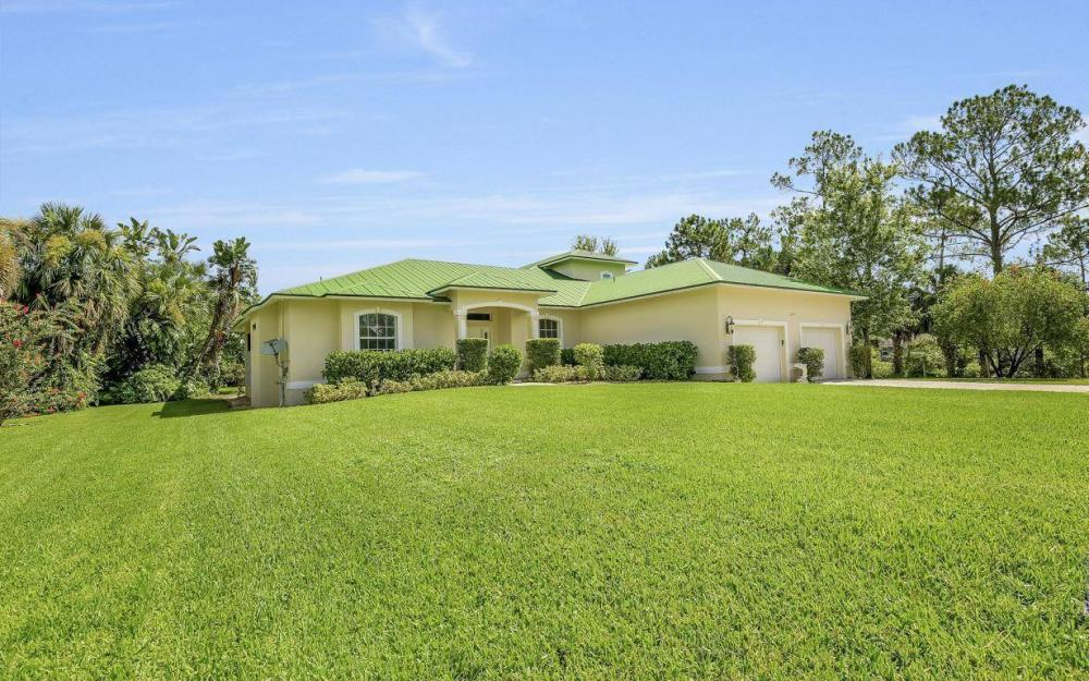 311 16th Ave NE, Naples - Home For Sale 1057291851