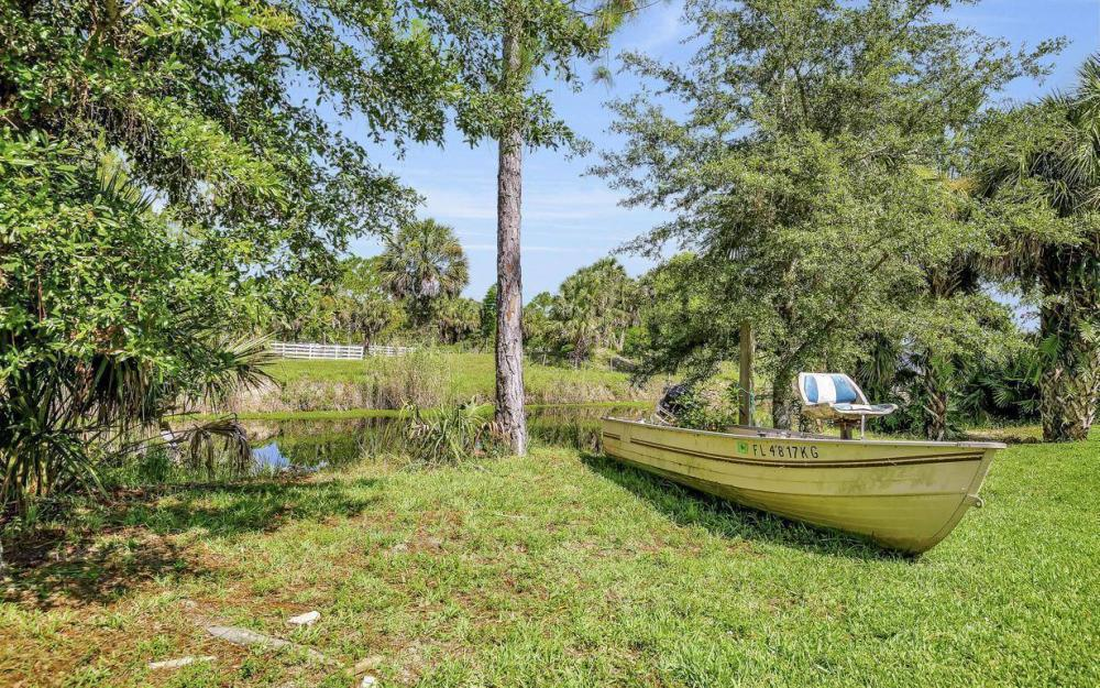 311 16th Ave NE, Naples - Home For Sale 627333317