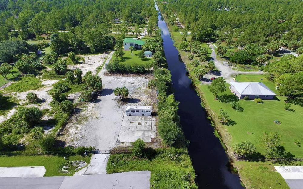 311 16th Ave NE, Naples - Home For Sale 1431364818