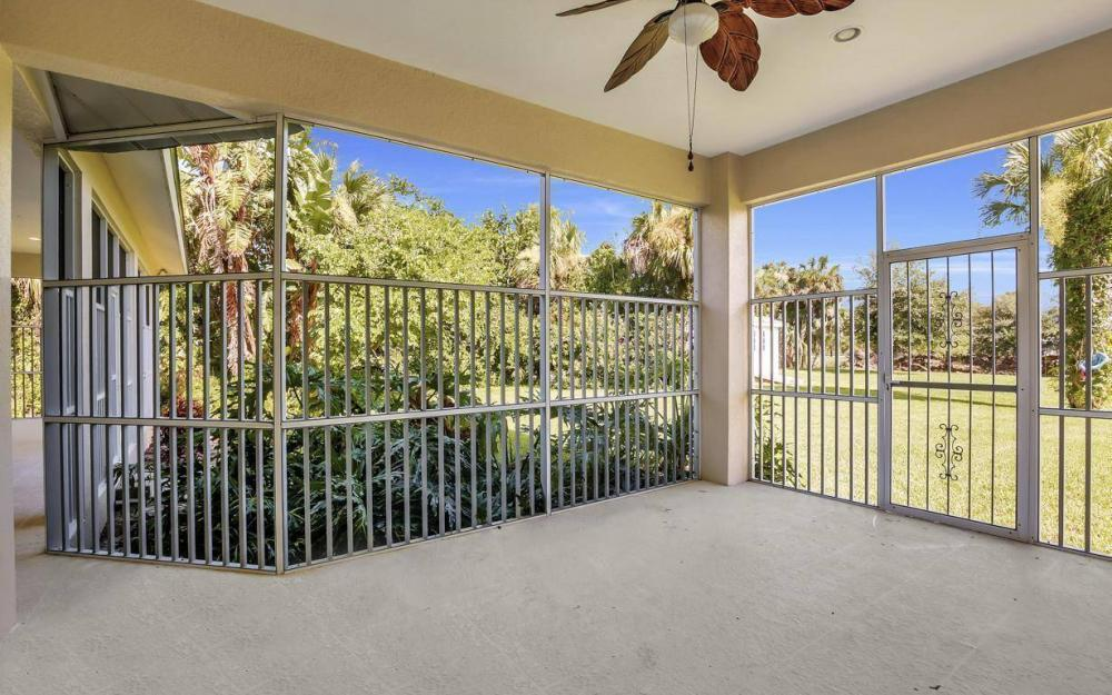 311 16th Ave NE, Naples - Home For Sale 1809970826