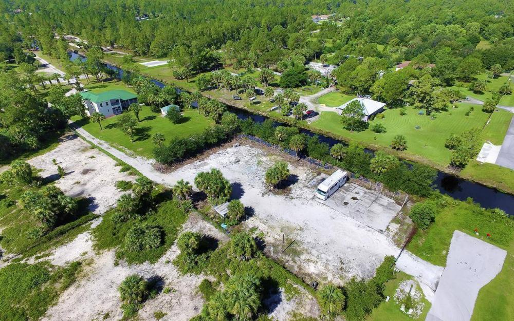 311 16th Ave NE, Naples - Home For Sale 1181288739