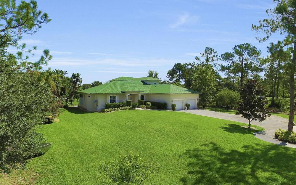311 16th Ave NE, Naples - Home For Sale 2078077539