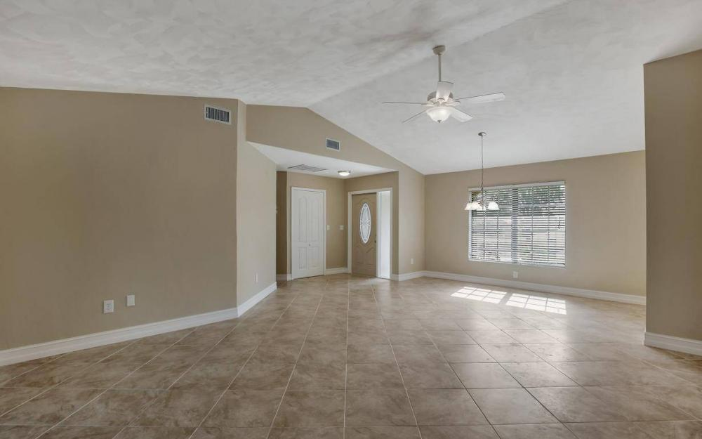1019 SW 21st Ln, Cape Coral - Home For Sale 1011379036