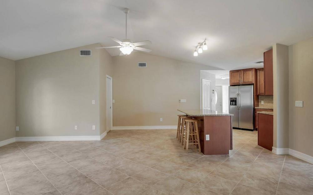 1019 SW 21st Ln, Cape Coral - Home For Sale 704835388