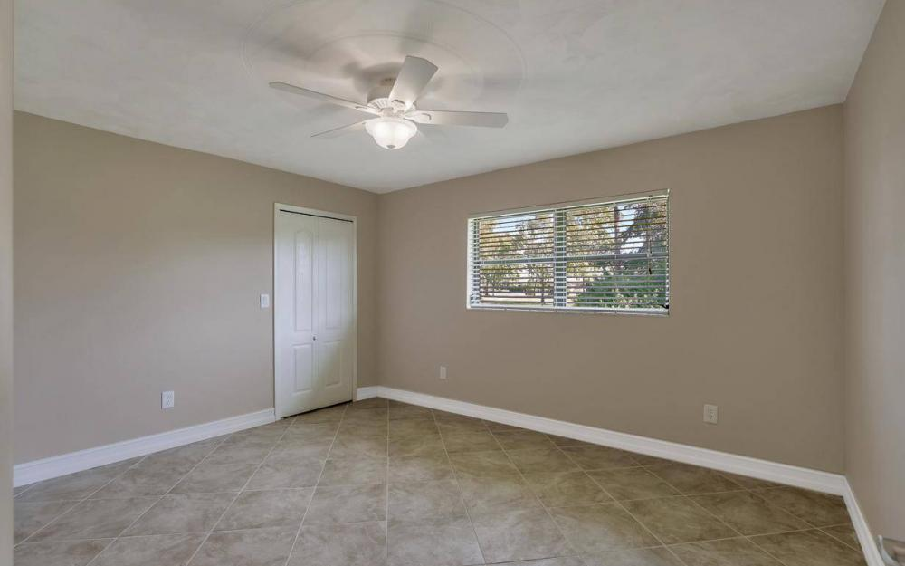 1019 SW 21st Ln, Cape Coral - Home For Sale 746980940