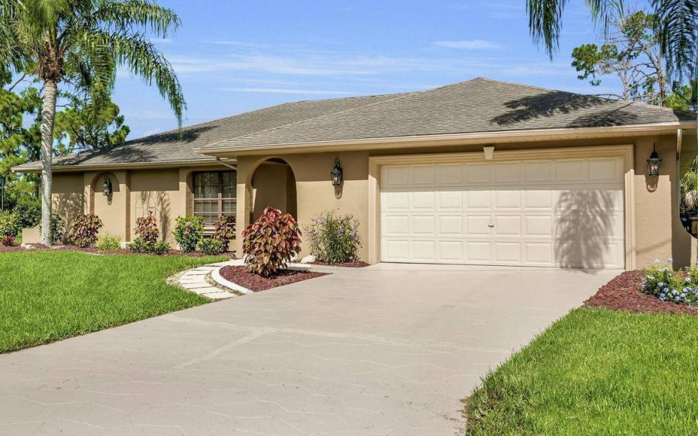 1019 SW 21st Ln, Cape Coral - Home For Sale 346200632