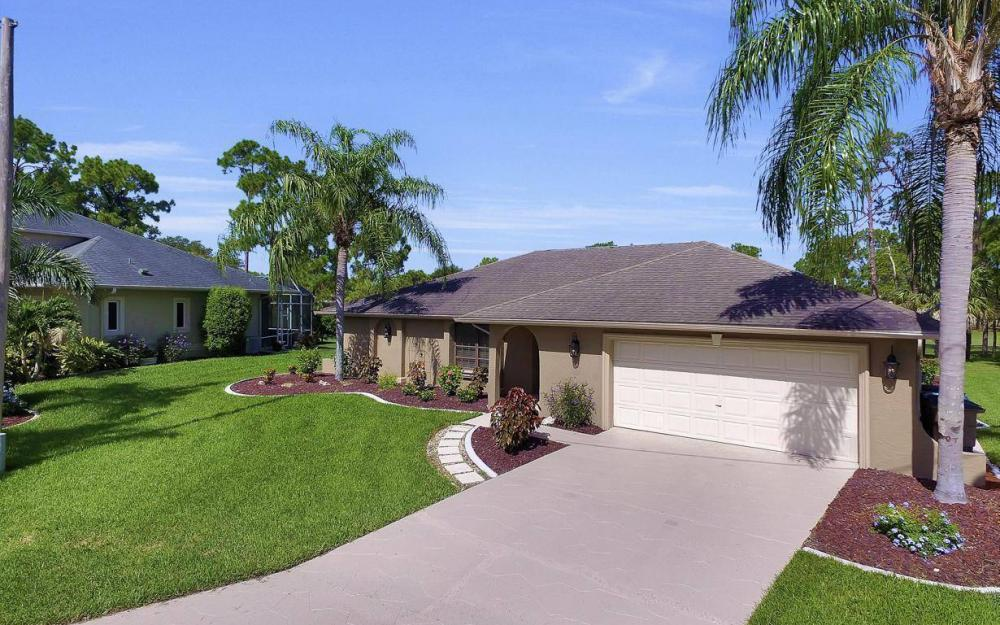 1019 SW 21st Ln, Cape Coral - Home For Sale 627231197