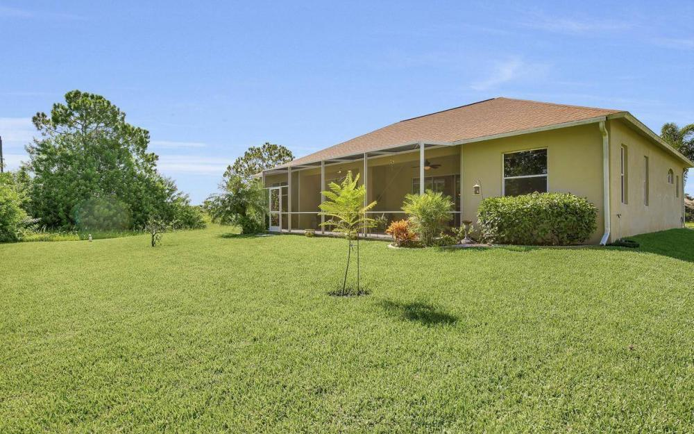 2749 NW 4th Terrace, Cape Coral - Home For Sale 711843907