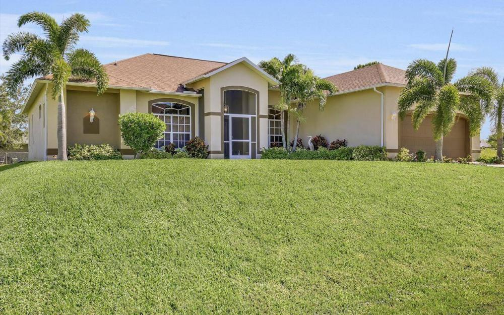 2749 NW 4th Terrace, Cape Coral - Home For Sale 2030815023