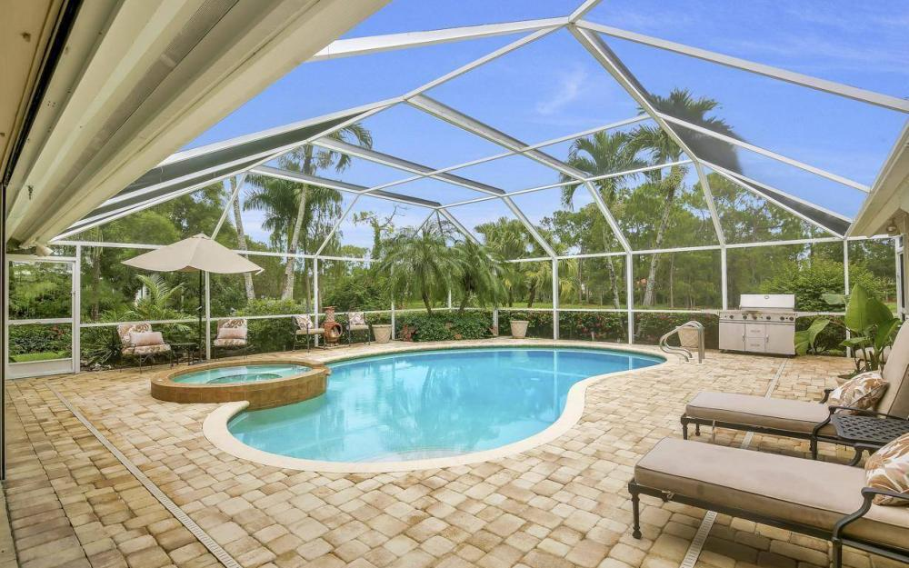 4601 Oak Leaf Dr, Naples - Home For Sale 1802648971
