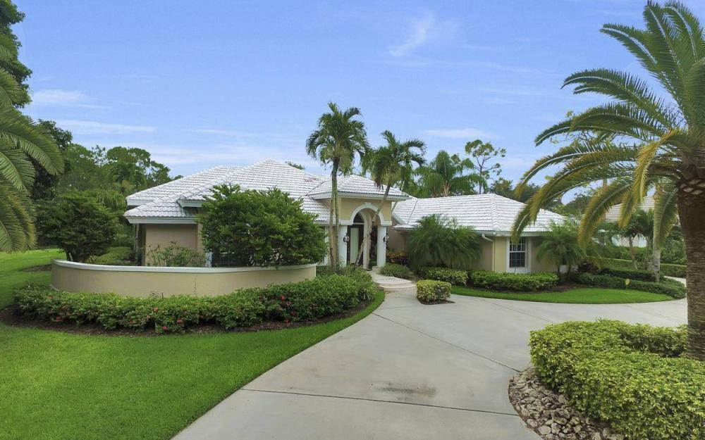 4601 Oak Leaf Dr, Naples - Home For Sale 1753375662