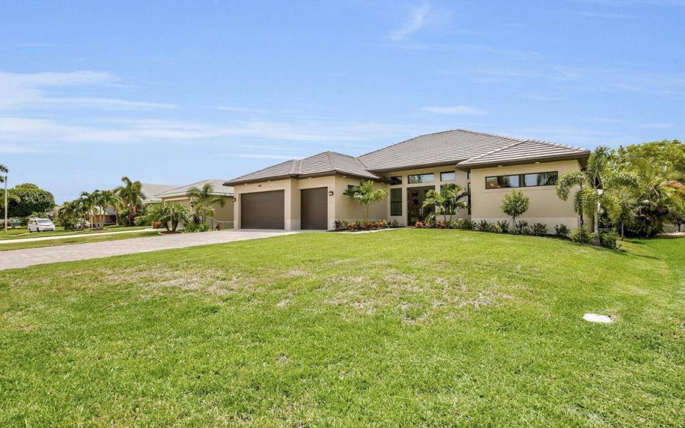 4918 SW 25th Pl, Cape Coral - Home For Sale 525007881