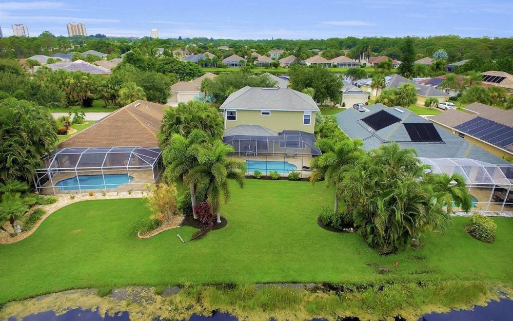 23201 Shady Oak Ln, Estero - Home For Sale 880370564