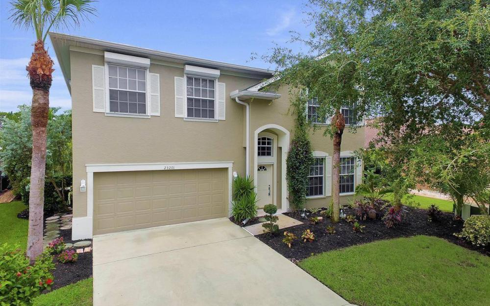 23201 Shady Oak Ln, Estero - Home For Sale 103586752