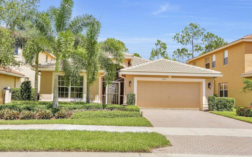 2418 Butterfly Palm Dr, Naples - Home For Sale 1498294936