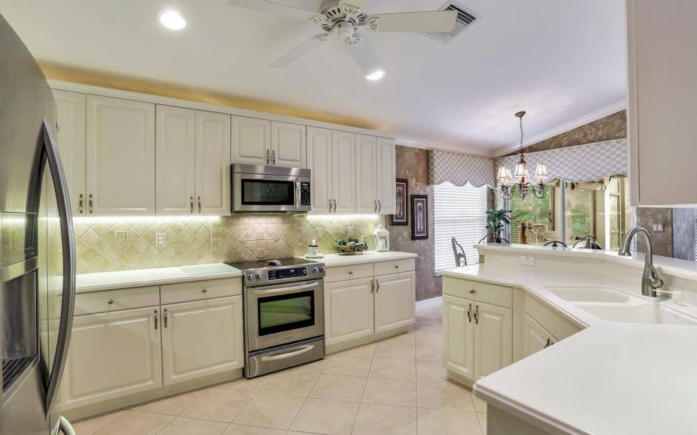 2418 Butterfly Palm Dr, Naples - Home For Sale 1890698602