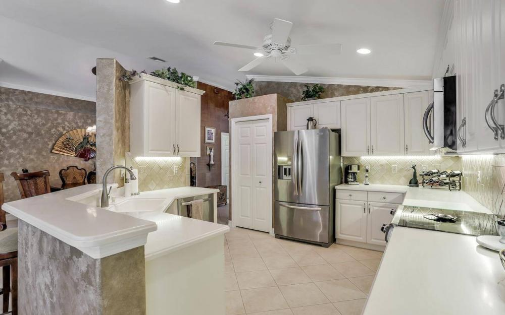 2418 Butterfly Palm Dr, Naples - Home For Sale 136821393
