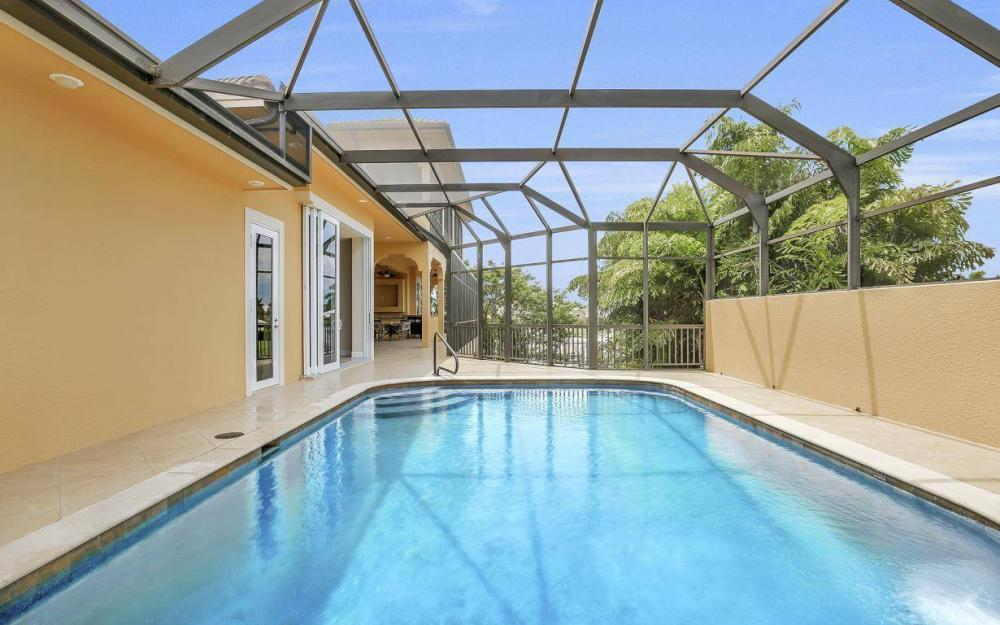 1026 Bald Eagle Dr, Marco Island - Home For Sale 700069820