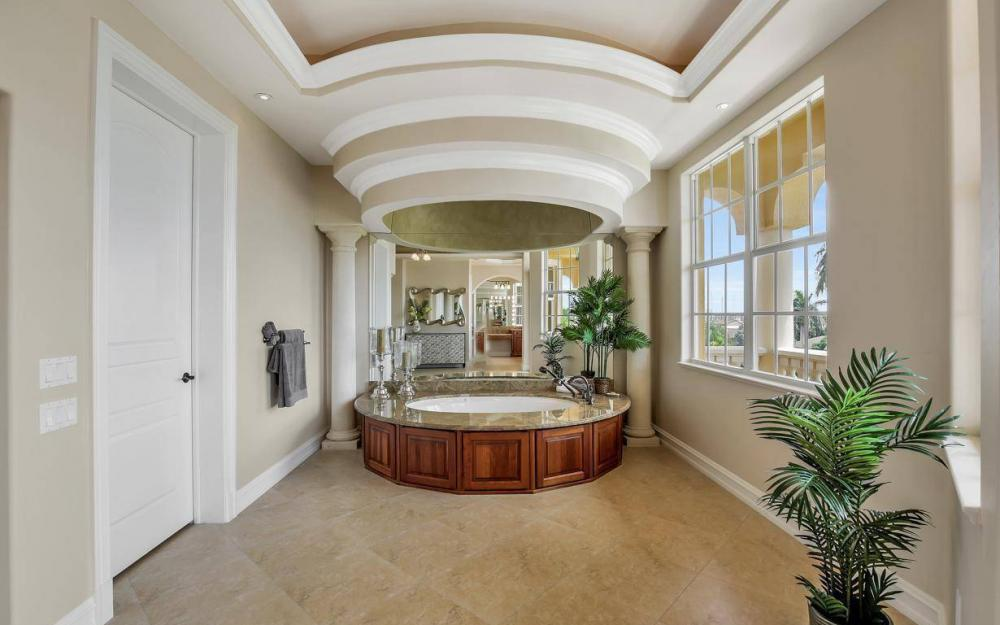 1026 Bald Eagle Dr, Marco Island - Home For Sale 655090271