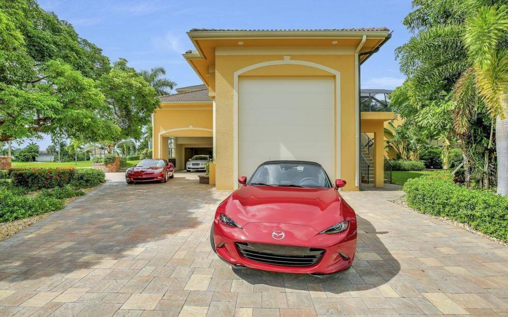 1026 Bald Eagle Dr, Marco Island - Home For Sale 2026324580