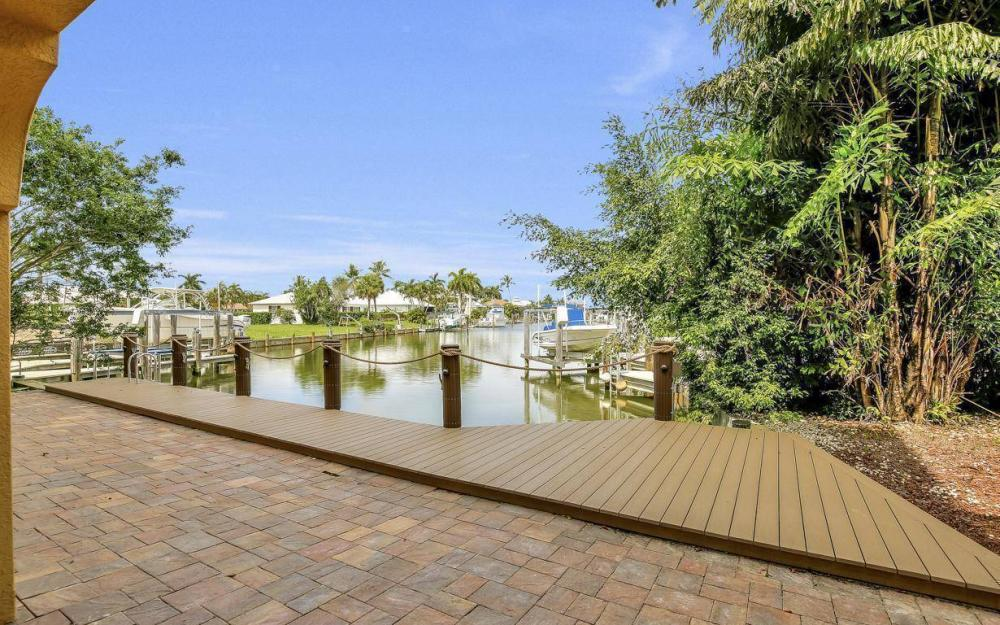 1026 Bald Eagle Dr, Marco Island - Home For Sale 627910222
