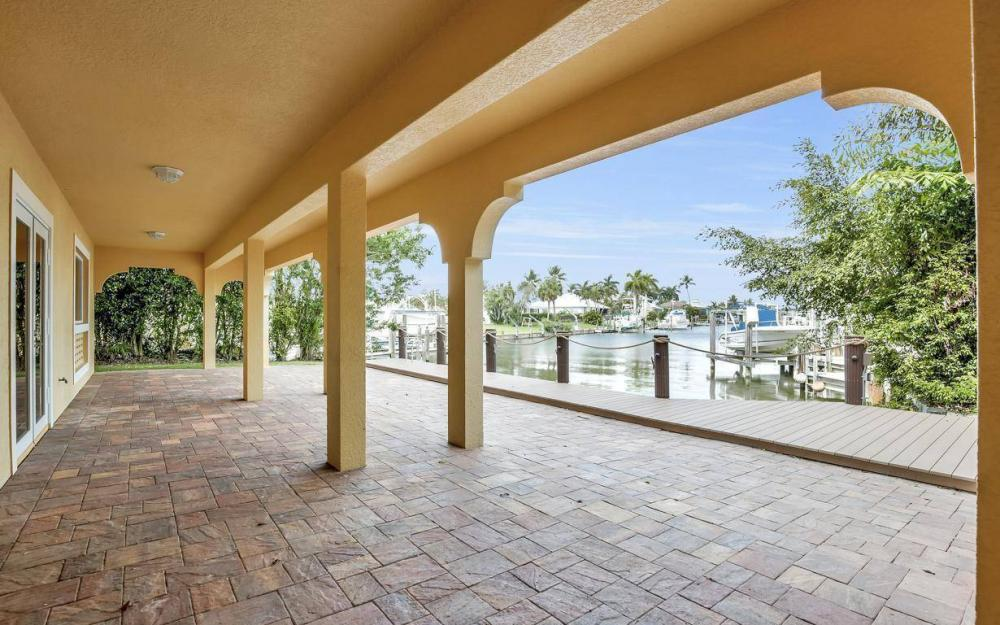 1026 Bald Eagle Dr, Marco Island - Home For Sale 51396384