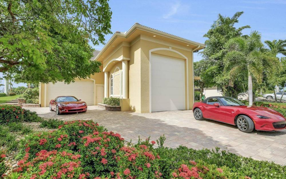 1026 Bald Eagle Dr, Marco Island - Home For Sale 1807671958