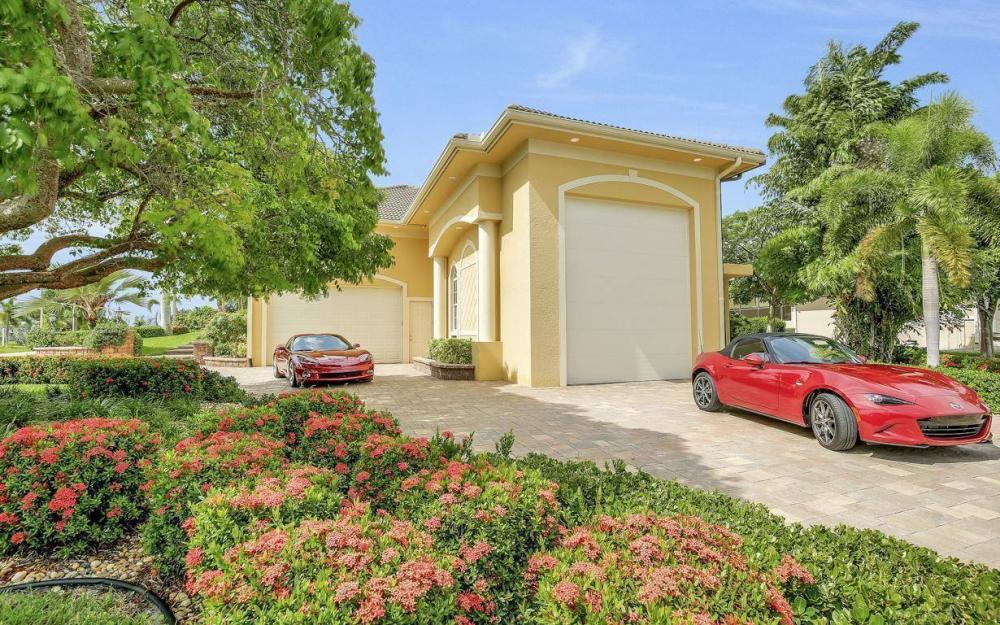 1026 Bald Eagle Dr, Marco Island - Home For Sale 338721494
