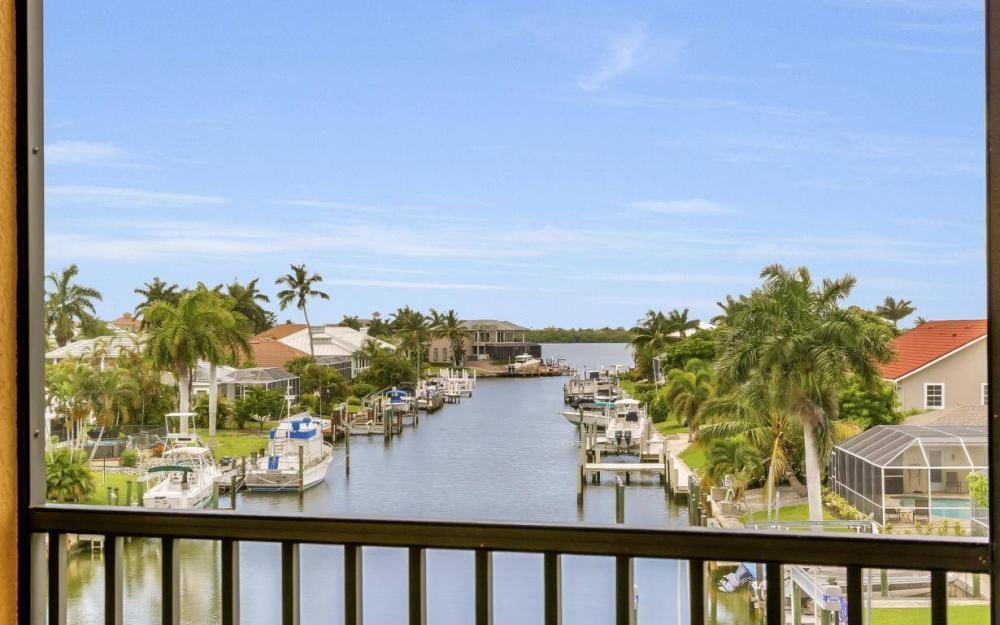 1026 Bald Eagle Dr, Marco Island - Home For Sale 931559596