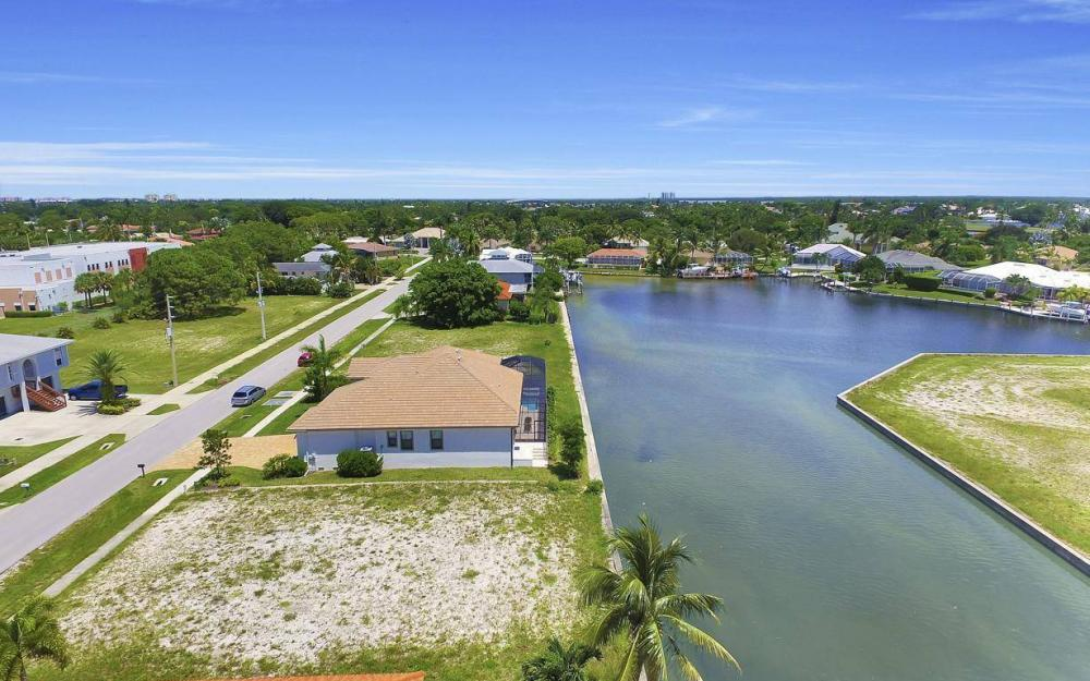 125 Greenview St, Marco Island - Lot For Sale 2122646696