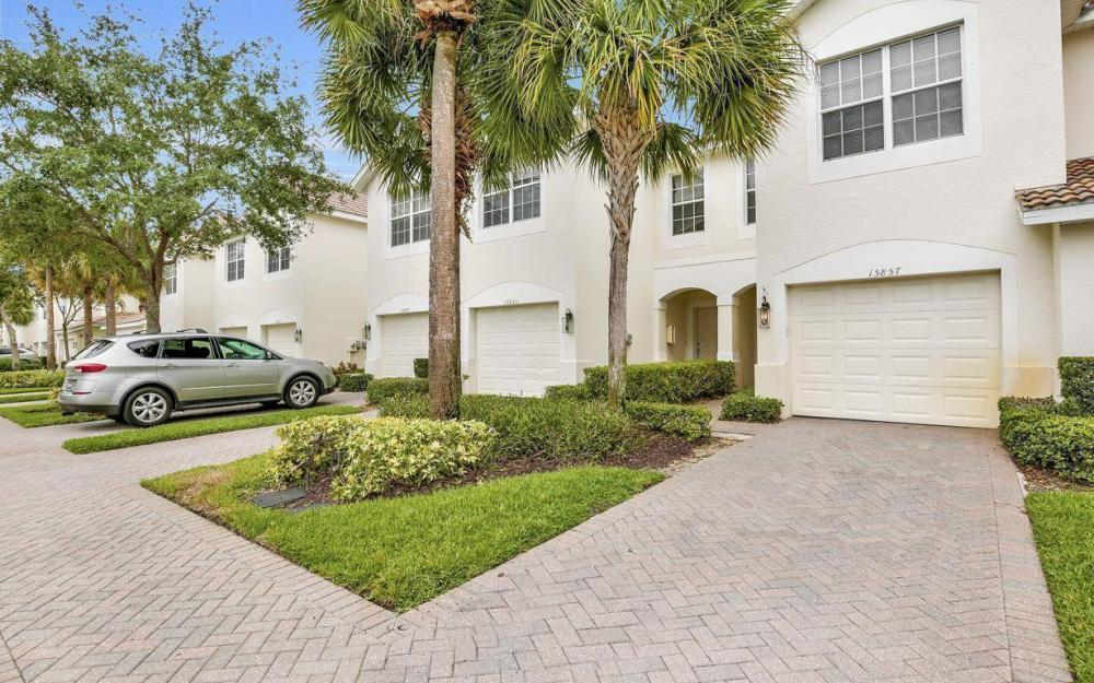 15857 Marcello Cir, Naples - Home For Sale 223689898