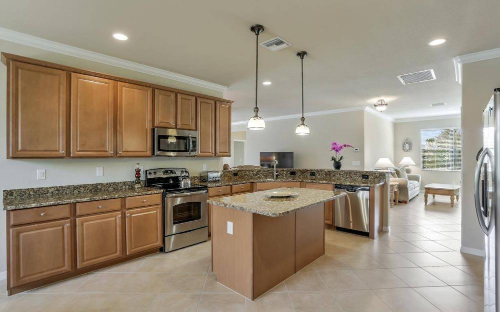 3940 Treasure Cove Cir, Naples - Home For Sale 298991186