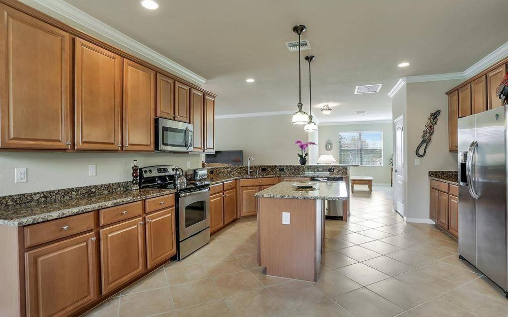 3940 Treasure Cove Cir, Naples - Home For Sale 529359813