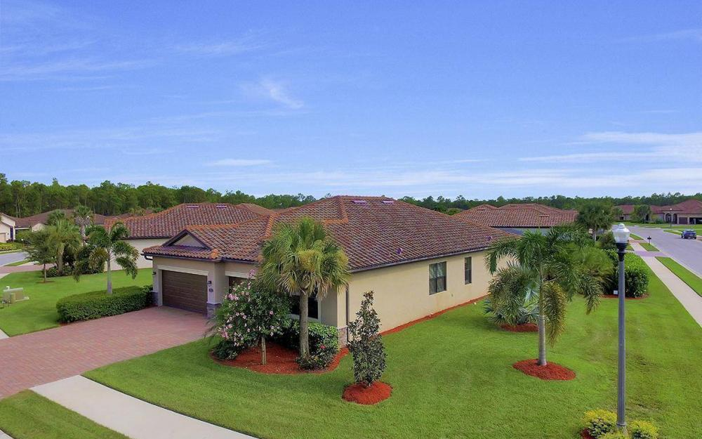 3940 Treasure Cove Cir, Naples - Home For Sale 82210774