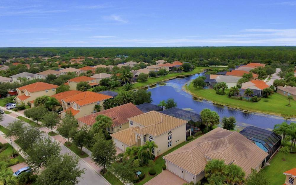 1867 Ivory Cane Pointe, Naples - Home For Sale 647869029