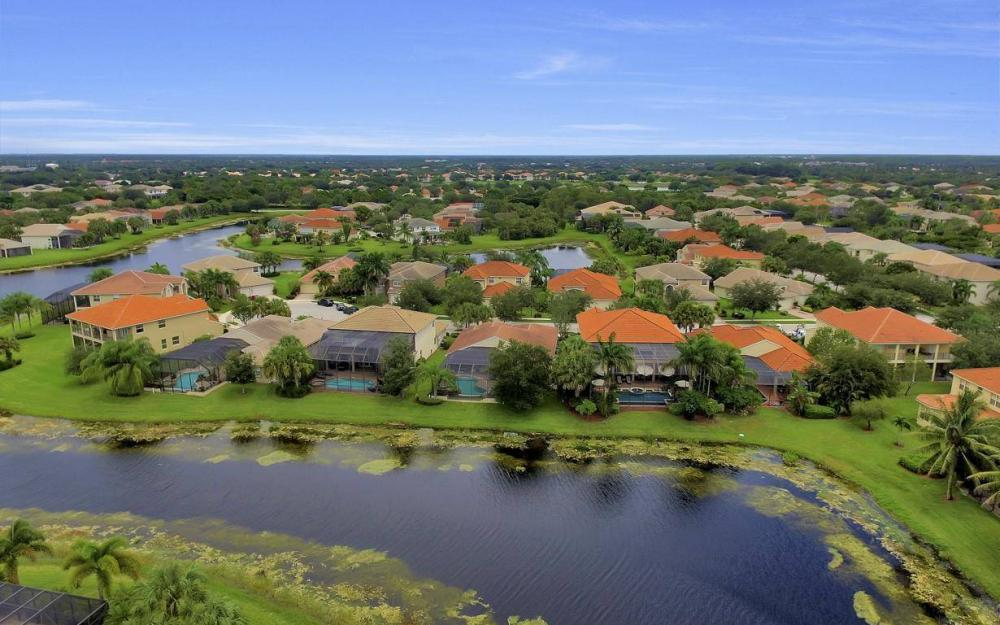 1867 Ivory Cane Pointe, Naples - Home For Sale 1058203401