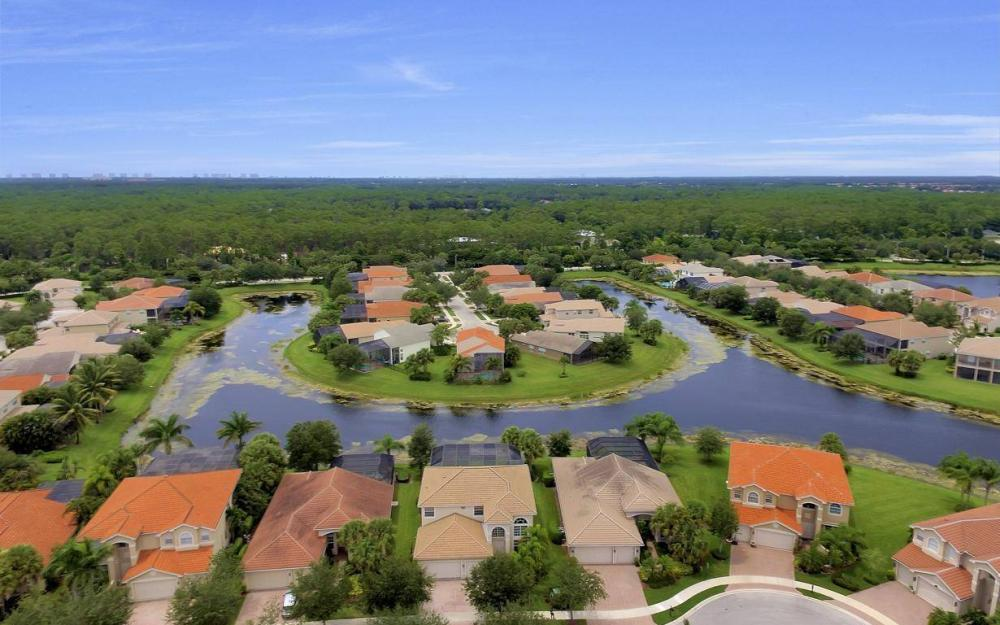 1867 Ivory Cane Pointe, Naples - Home For Sale 2125032944